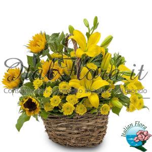 Cesto di girasoli e fiori gialli