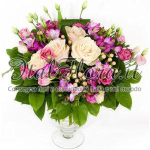 Bouquet di rose crema e alstroemeria rosa