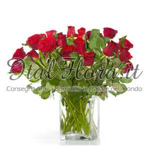 Esclusivo mazzo di 24 rose rosse
